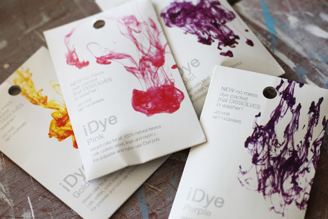 Easy Dye iDye via lilblueboo.com