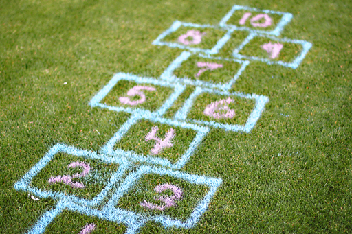 outdoor party and activity ideas via lilblueboo.com