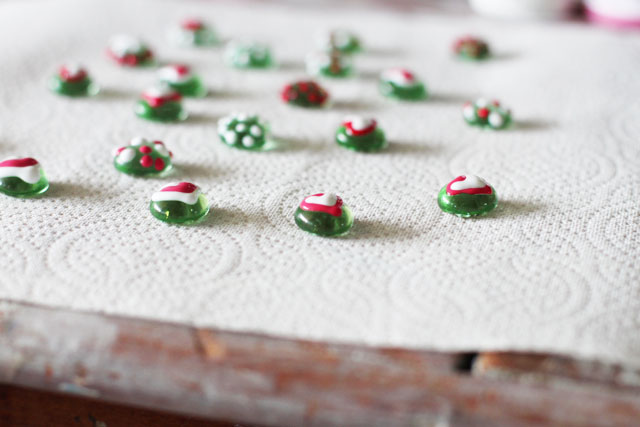 Painted Glass Magnets Step 4 (A Tutorial) via lilblueboo.com
