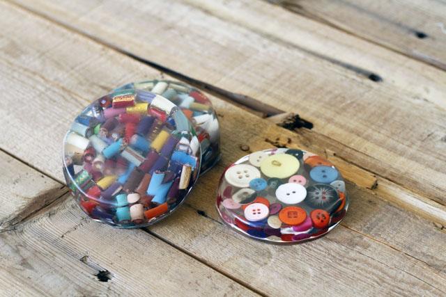 Cast Resin Paperweights & Coasters 2 DIY Tutorial via lilblueboo.com