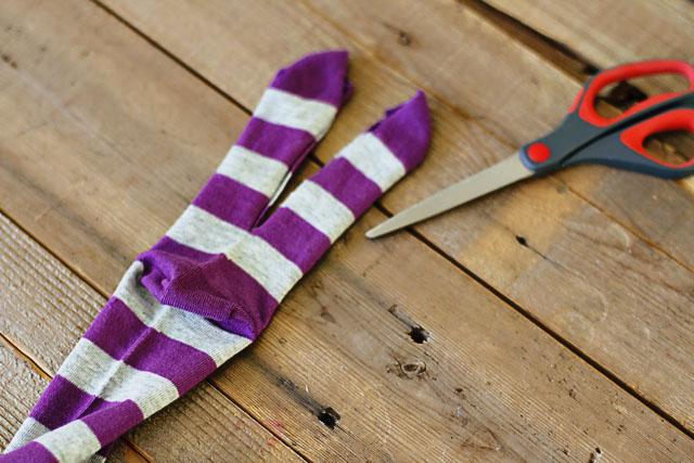 How to make a sock bunny - Step 1. DIY Tutorial via lilblueboo.com