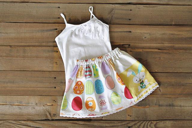 The Dishtowel Skirt 12 (A Tutorial) via lilblueboo.com