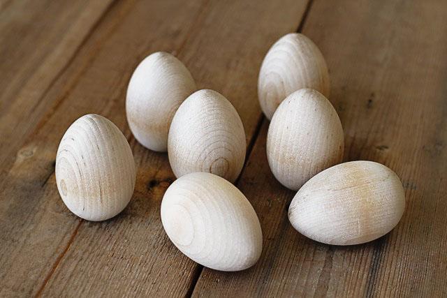 Alternative Easter Eggs step 1 (A Tutorial) via lilblueboo.com