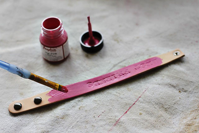 Painting Hand Stamped Band - DIY Tutorial via lilblueboo.com