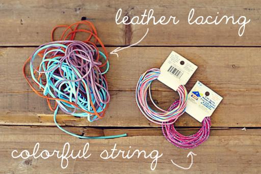 Easy Finger Crochet Bracelet DIY materials needed via lilblueboo.com