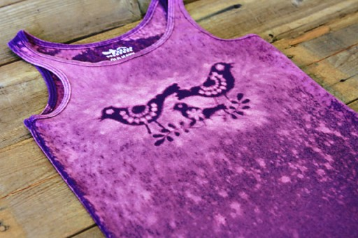 Bleach stencil tutorial (using Silhouette Machine) via lilblueboo.com