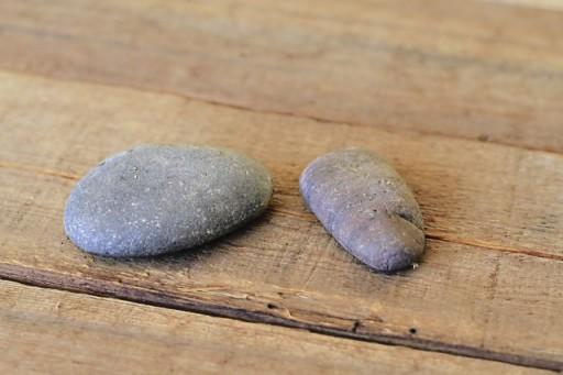 Carving River Rocks with a Dremel via lilblueboo.com