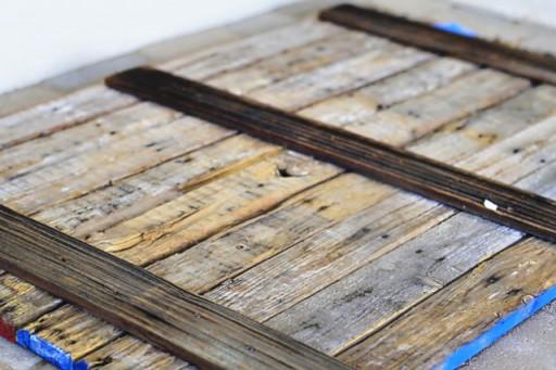 Back of the pallet wood via lilblueboo.com