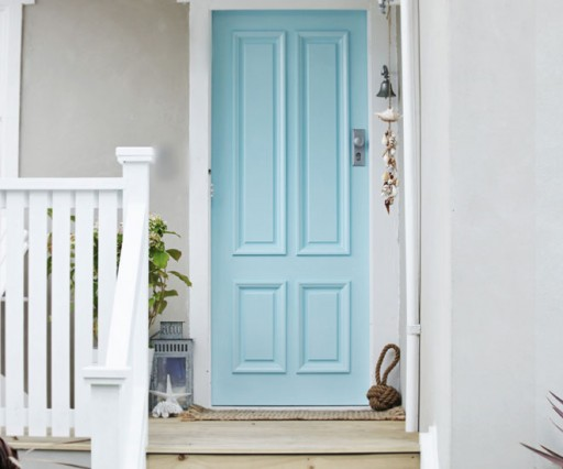 Budget friendly home renovation ideas: paint your front door via lilblueboo.com