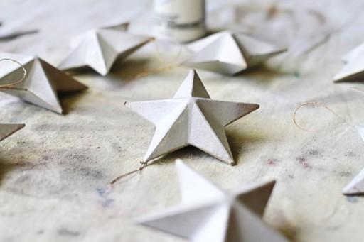 DIY rustic star ornaments via lilblueboo.com
