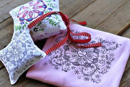 Handmade Valentine's Gift IDeas via lilblueboo.com