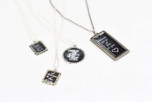 Finished Pendants: How to Make Chalkboard Necklaces (with Chalkboard Download) via lilblueboo.com