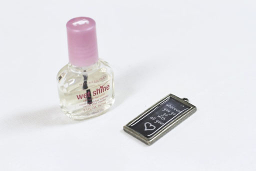 Fill with nail polish: How to Make Chalkboard Necklaces (with Chalkboard Download) via lilblueboo.com
