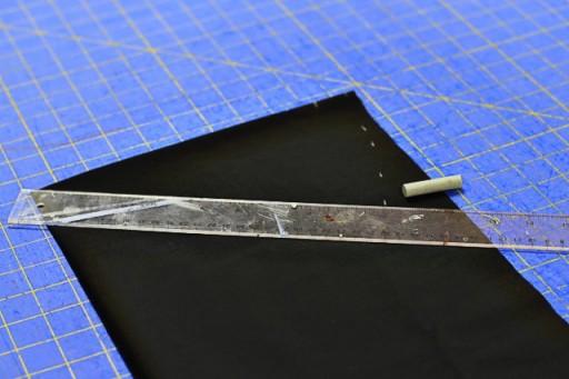 How to make a salon cape for doll step 2 via lilblueboo.com