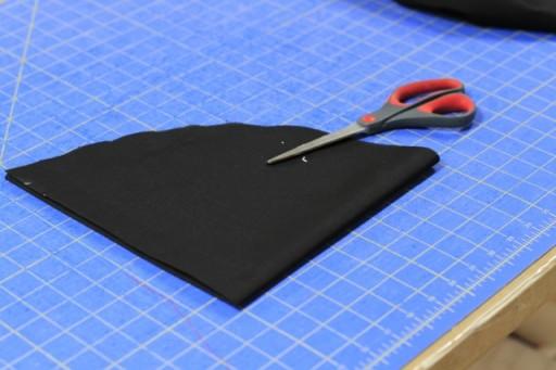 How to cut a fabric circle step 3 via lilblueboo.com