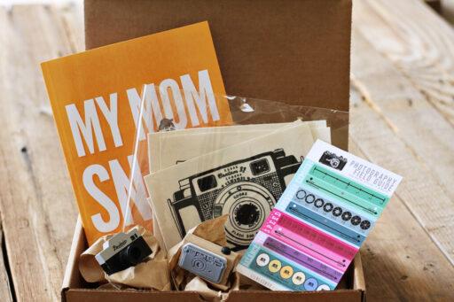 Lil Blue Box for the Photographer Mom via lilblueboo.com