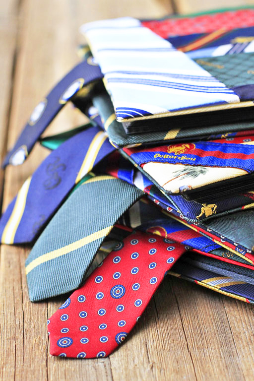 How to recycle old ties via liblueboo.com