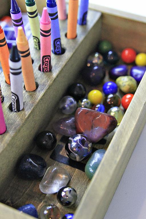 diy art supply storage via lilblueboo.com
