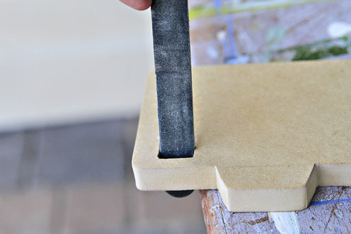 Using a nail file to sand small areas via lilblueboo.com