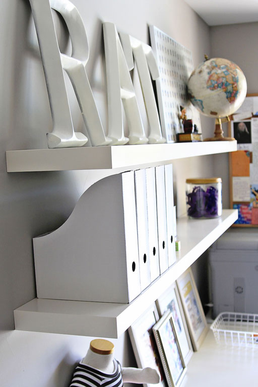 Home office makeover via lilblueboo.com #decor #office #diy #homedecor #organization #thrifting