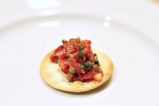 easy bruschetta recipe via lilblueboo.com