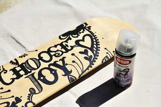 Create your own skateboard graphic what kind of paint to use  via lilblueboo.com #skateboard #diy #gift #handmade