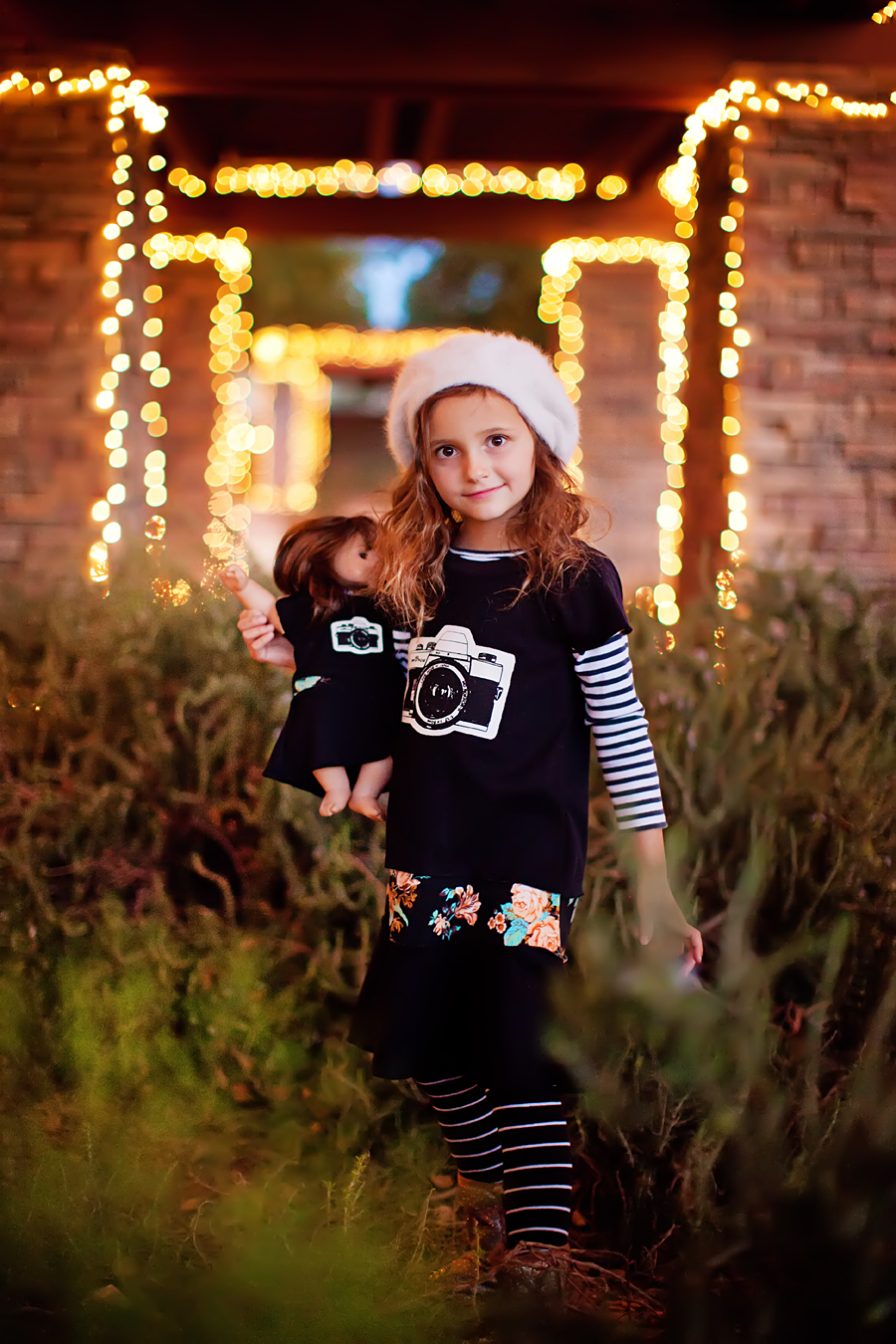 Great for all seasons! Photography by Laura Winslow Photography via lilblueboo.com
