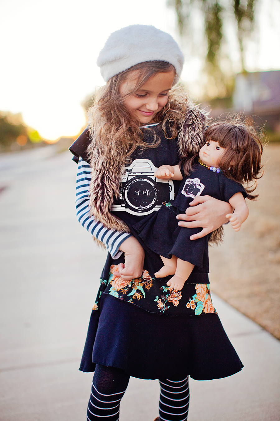 Matching girl and doll clothing. Photography by Laura Winslow Photography via lilblueboo.com