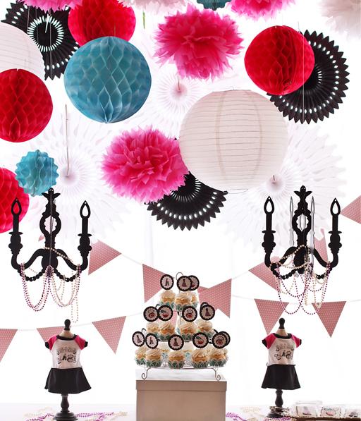 Beauty Salon and Doll Party via Ashley Hackshaw / lilblueboo.com