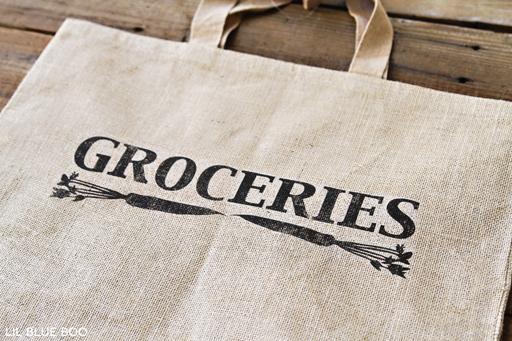 Make a reusable burlap grocery bag via Ashley Hackshaw / lilblueboo.com