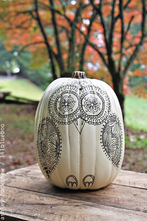 A Sugar Skull Owl Pumpkin - Using Sharpie project idea