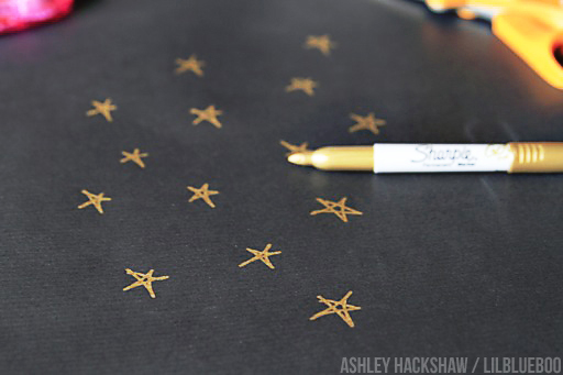 Creating your own DIY Wrapping paper