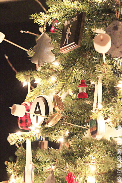 Mountain-Inspired Christmas Decorating Ideas