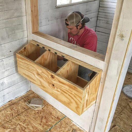 Chicken Coop Nesting boxes diy