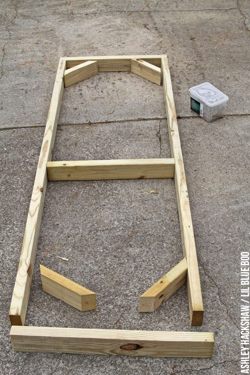 how to build a chicken run door and chicken coop door