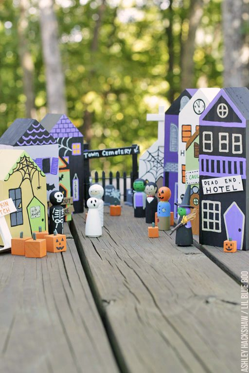 halloween village Michaels - DIY spooky village
