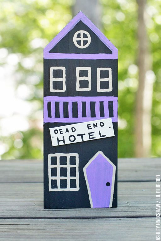 DIY Halloween Inspirations & Ideas - Dead End Hotel