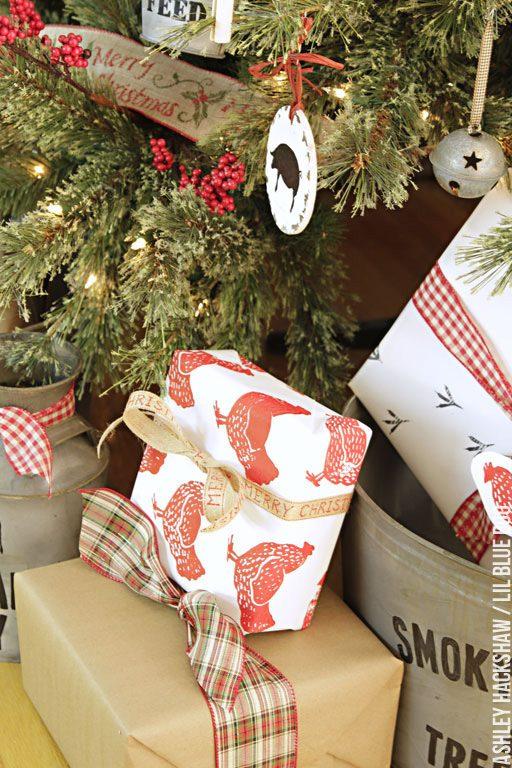 Handmade Wrapping Paper Ideas - chicken themed