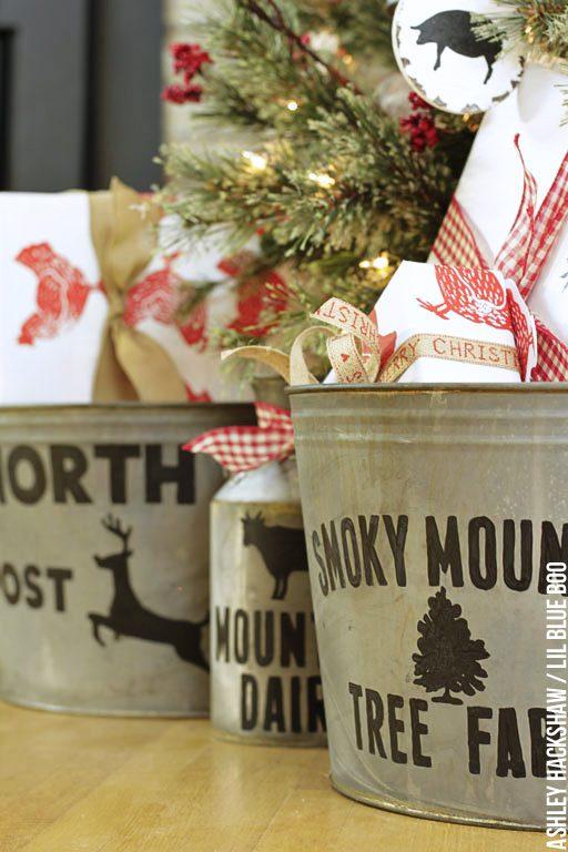 Rustic Farmhouse Christmas Holiday Decor