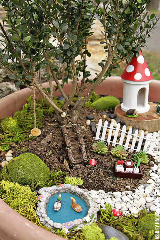 How to make a fairy garden - Landscaping and containers and tiny details