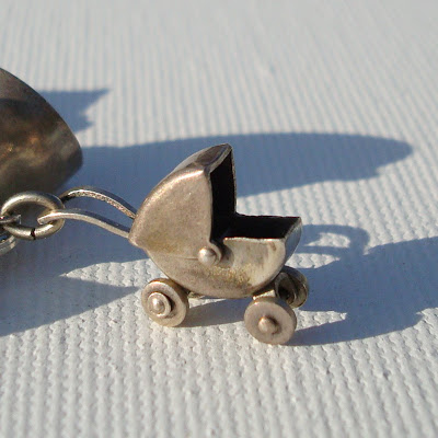Collecting Vintage Charms and Trinkets - Charm Giveaway I 5 via lilblueboo.com