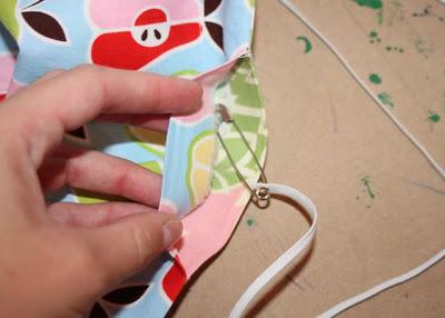 Wagon Cover Tutorial step 8 via lilblueboo.com