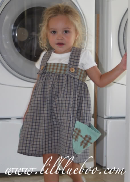 The Paper Doll Dress comfy via lilblueboo.com