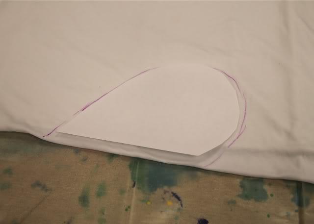 "I ""Heart"" Tie Dye trace heart via lilblueboo.com"
