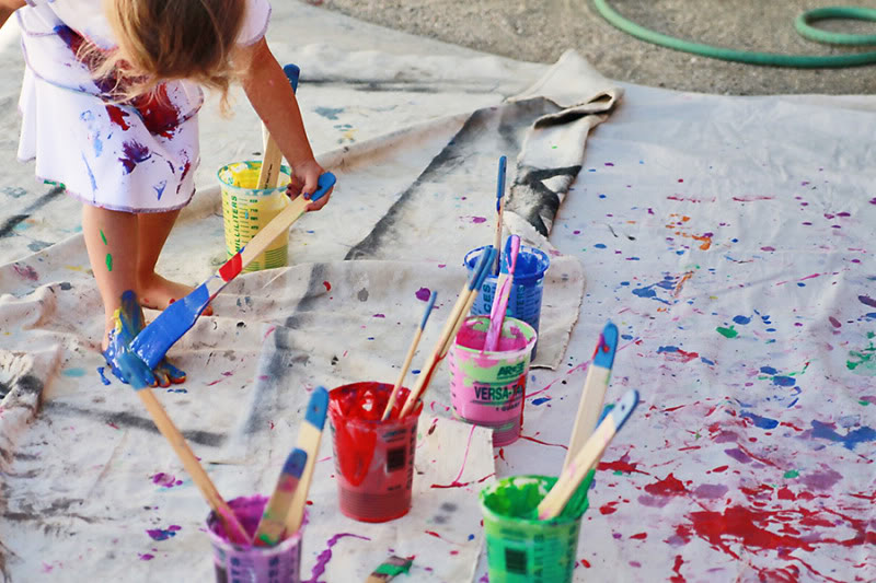 painting with children via lilblueboo.com