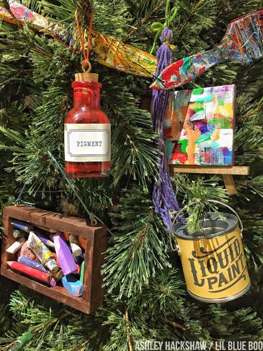 art themed christmas decor and tree