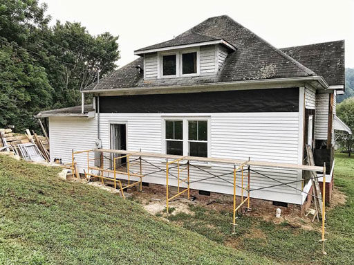 Farmhouse Siding Installation