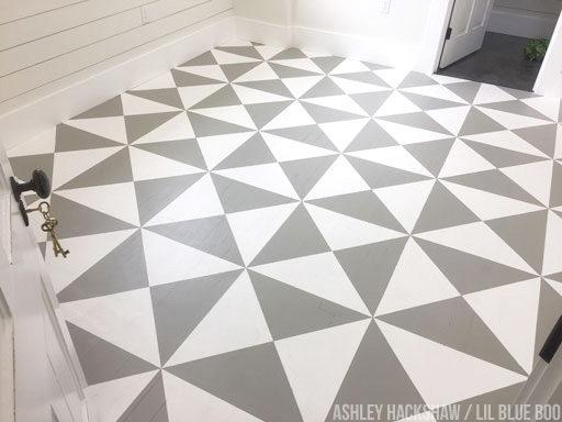 How to Paint a Floor - The Farmhouse DIY Painted Floor Quilt - Farmhouse floor ideas